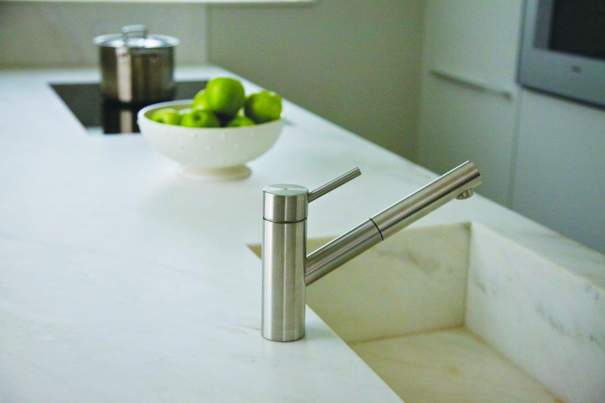 Calacatta Crema Marble Kitchen Worktop With Integrated Matching Sink London