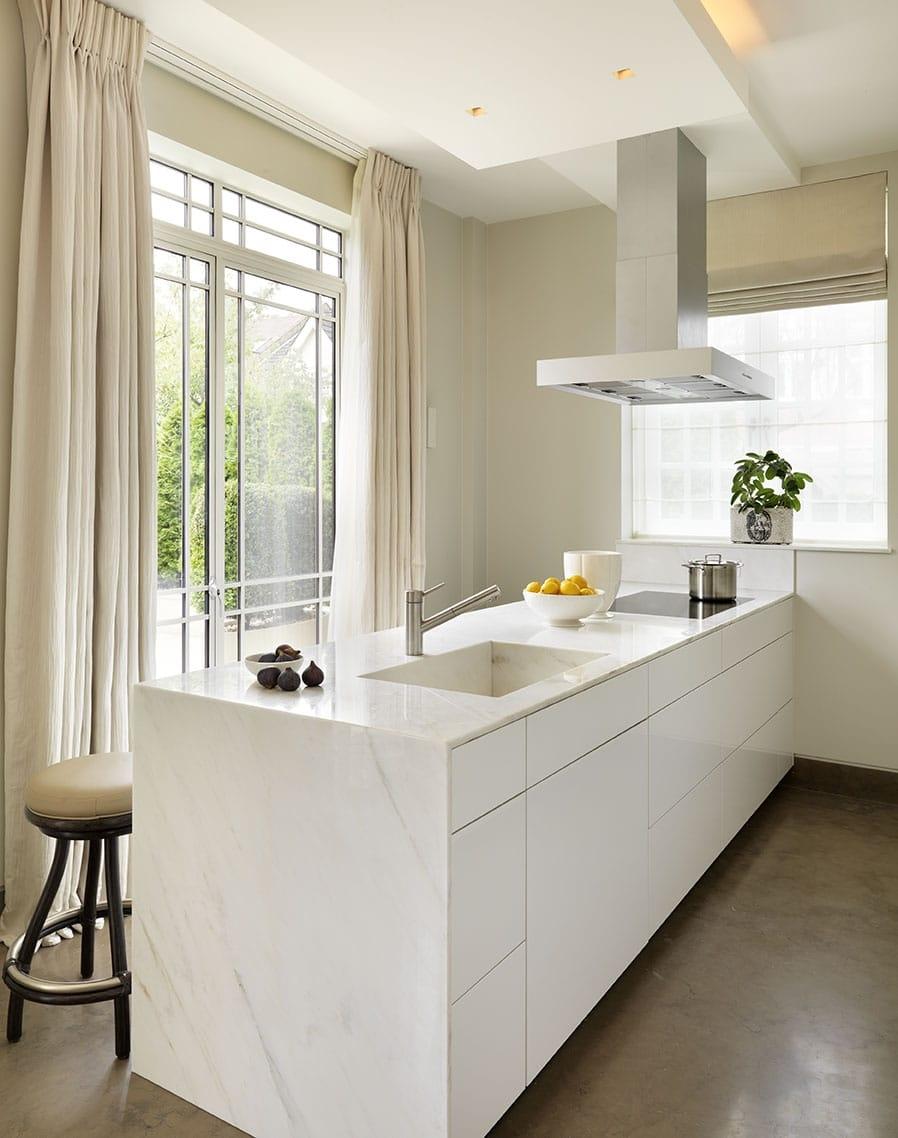 Calacatta Crema Marble Kitchen Worktop With Waterfall Matching Sink London 4