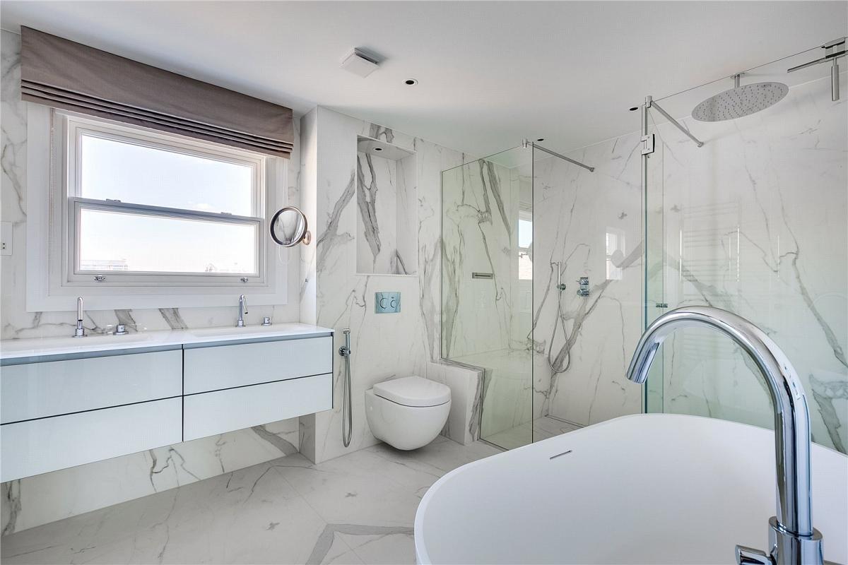 Estatuario Porcelain Bookmatching Floor Complete Bathroom