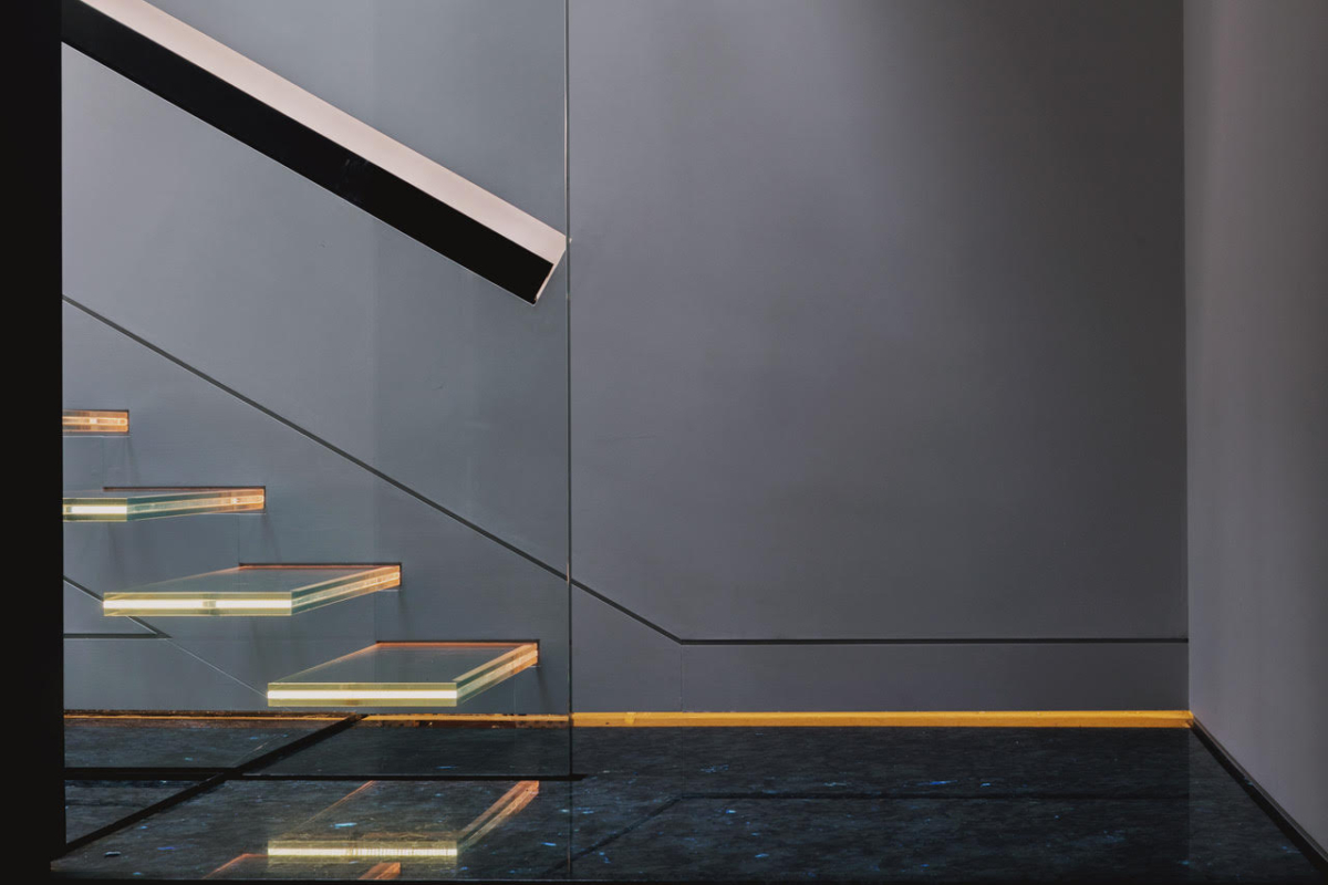 Madagascar Granite Steps Stairs Floor Sparkle London 4 Cropped