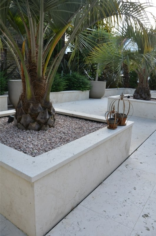 Moroccan Cream Fossil Marble Outdoor Seating Area Retaining Wall Coping Stones 2